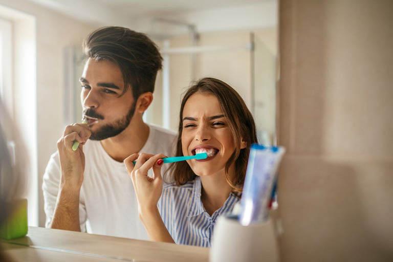 áp xe răng hàm