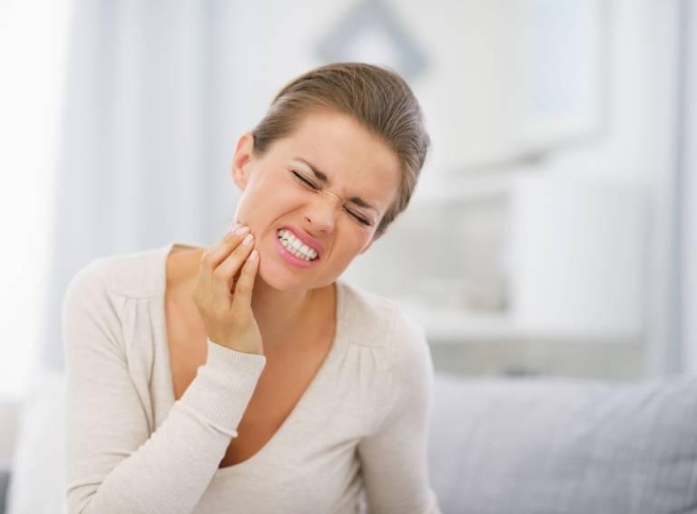 Nguyên nhân gây áp xe răng ở phụ nữ mang thai