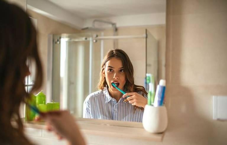 Một số lưu ý khi chữa sâu răng bằng phương pháp dân gian