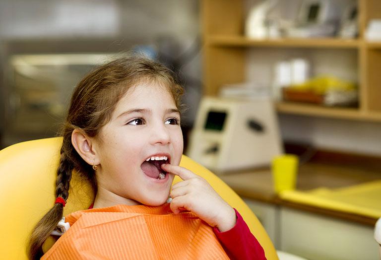 chữa viêm lợi cho trẻ tại nhà