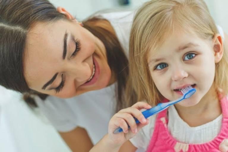 Các biện pháp phòng ngừa và kiểm soát viêm tủy răng sữa ở trẻ em