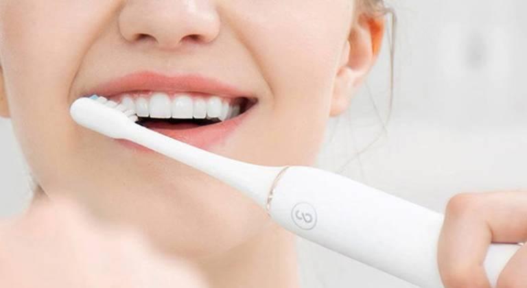 Phòng ngừa răng sâu chảy máu liên tục
