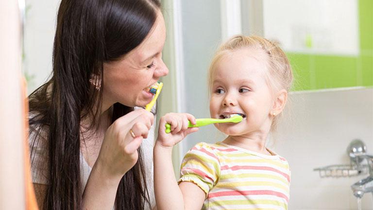 nguyên nhân của bệnh sâu răng ở trẻ em