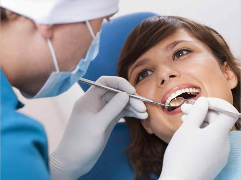 viêm tủy răng nặng