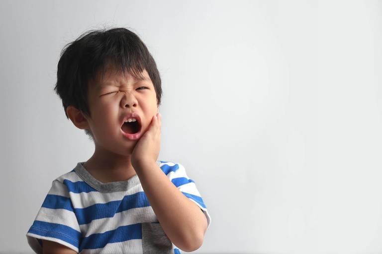 Viêm tủy răng ở trẻ em có nguy hiểm không?