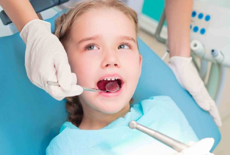 Các phương pháp điều trị bệnh viêm tủy răng ở trẻ em