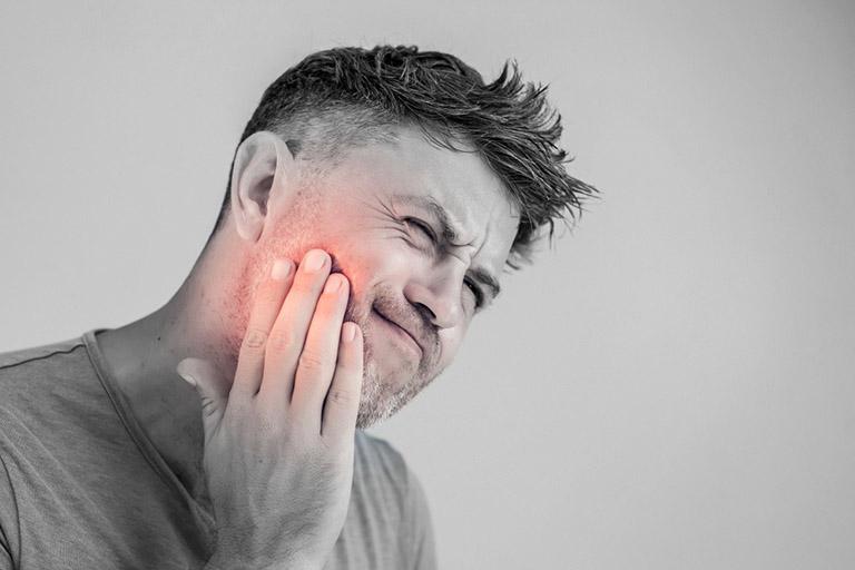 chữa viêm khớp thái dương hàm tại nhà