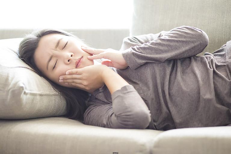 nguyên nhân nhức răng