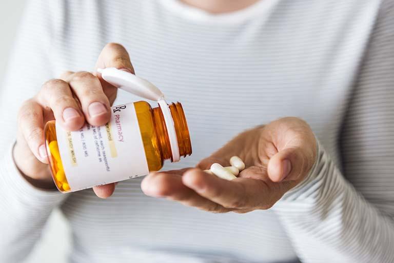 kháng sinh giảm đau răng