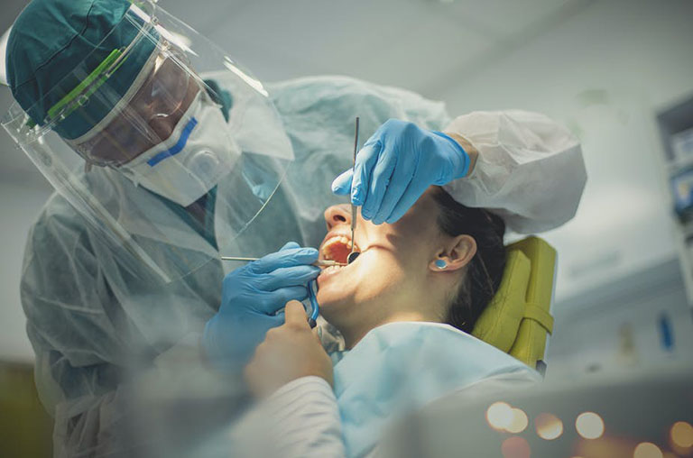 phụ nữ mang thai có trám răng được không