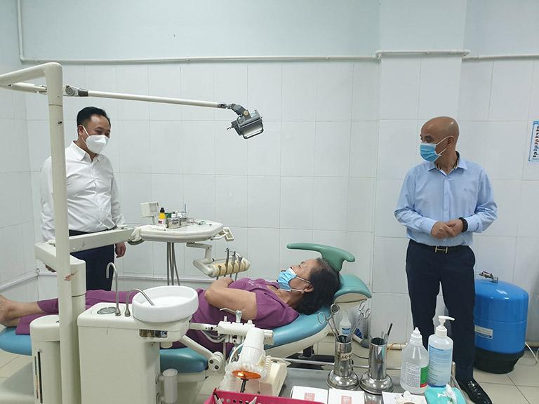 khám sâu răng ở hà nội