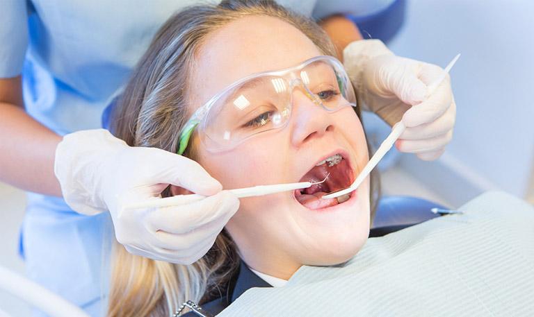 độ tuổi nào không nên niềng răng