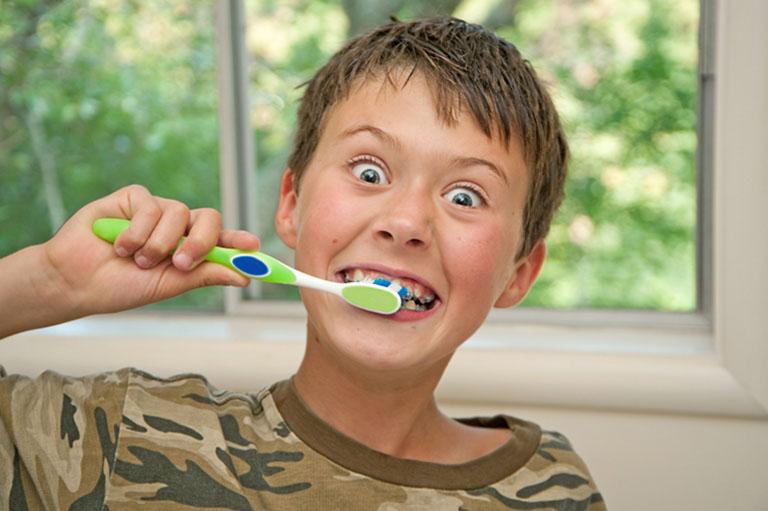 niềng răng cho trẻ giá bao nhiêu