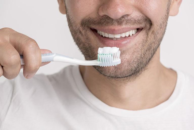 tẩy trắng răng giá bao nhiêu tiền