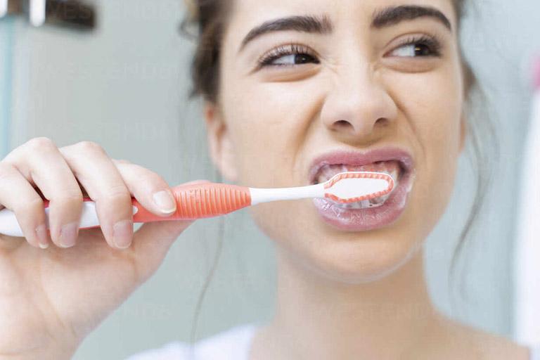 Thuốc tẩy trắng răng tại nhà
