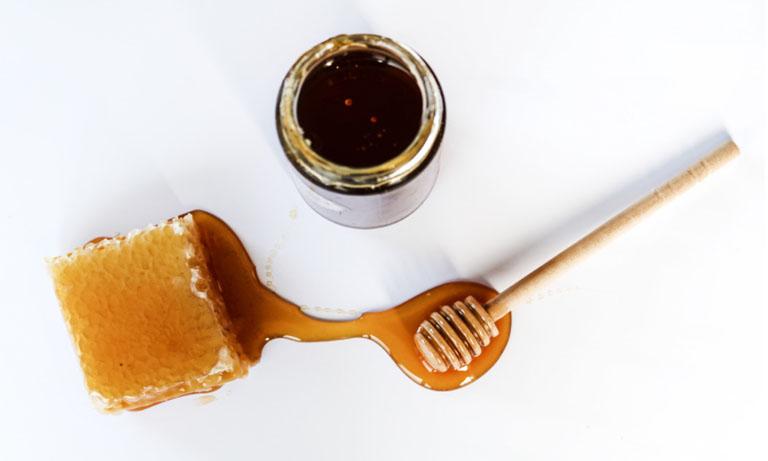 cách chữa hôi miệng bằng mật ong
